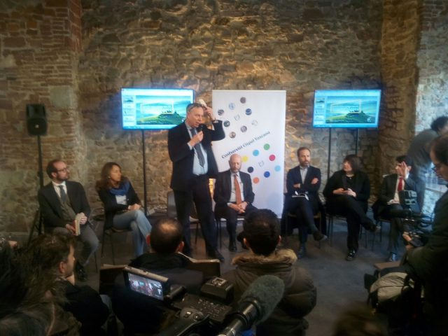Smart city convegno Cispel a Firenze