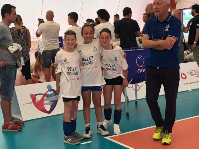 SITTING volley Pisa gRUPPETTO PICCOLE