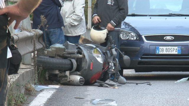 ennesima rtagedia a livorno muore su scooter