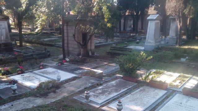 Cimiteri Olandesi tombe