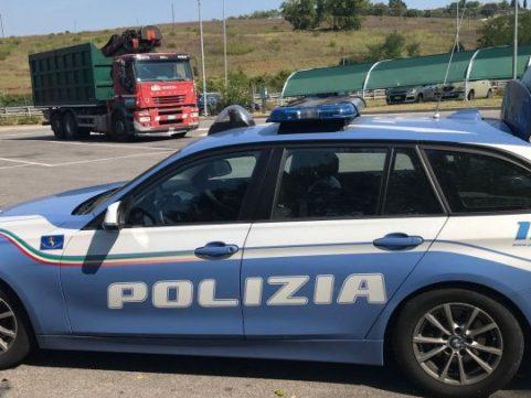 Servizi congiunti a Livorno: Polizia, GdF e CC