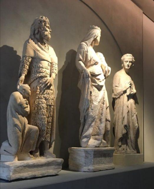 statue marmo dinastia Pisano