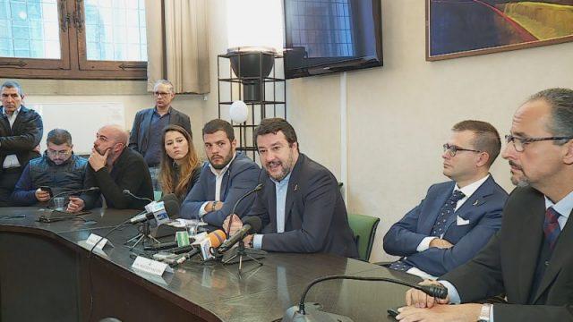 Salvini in conferneza stampa