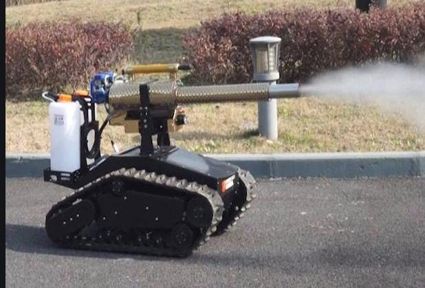 robot per la pulizia delle strade