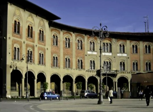 Poste centrali a Pisa