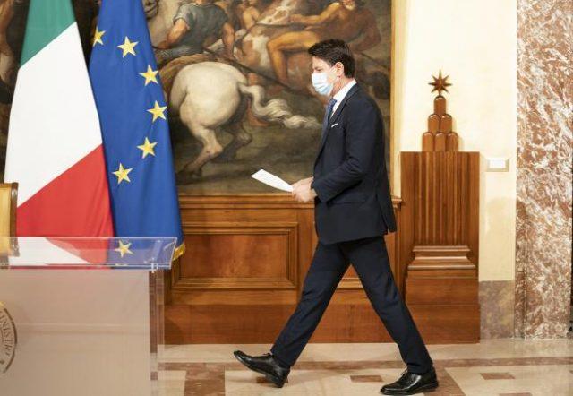 Giuseppe Conte in bilico, ipotesi voto a giugno