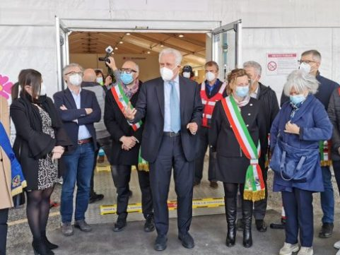 Pontedera, inaugurato il nuovo hub vaccinale