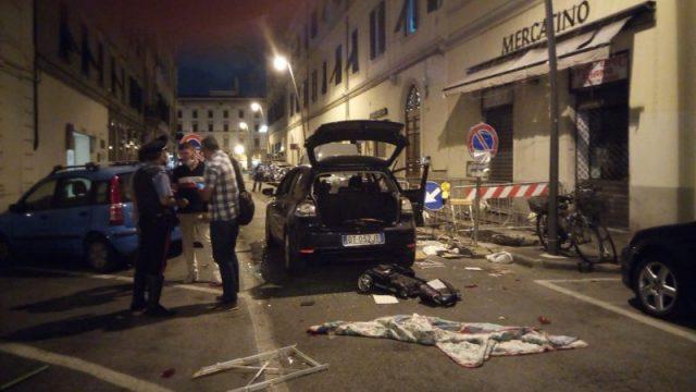 maxi rissa in via Buontalenti, ci sono feriti